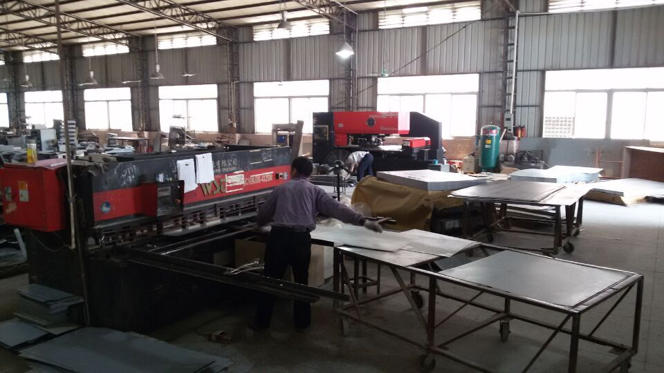 cutting and welding department