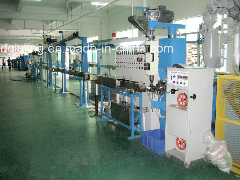 Electric cable wire extrusion line