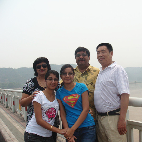 Fiji customers visit to the Yellow River tourist area