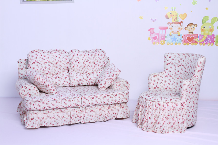Sweet Princess Flower Toddler Upholstered Chair with Throw Pillow (SF-59)