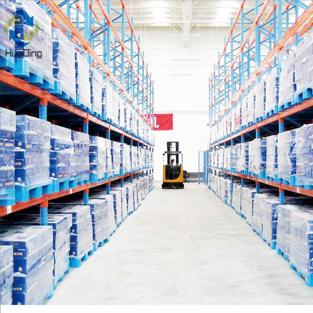 Pallets with 3 runners bottom in drink beverage industry