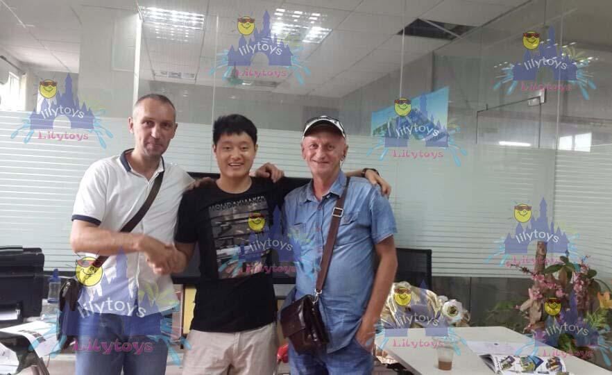 Buyer visit factory