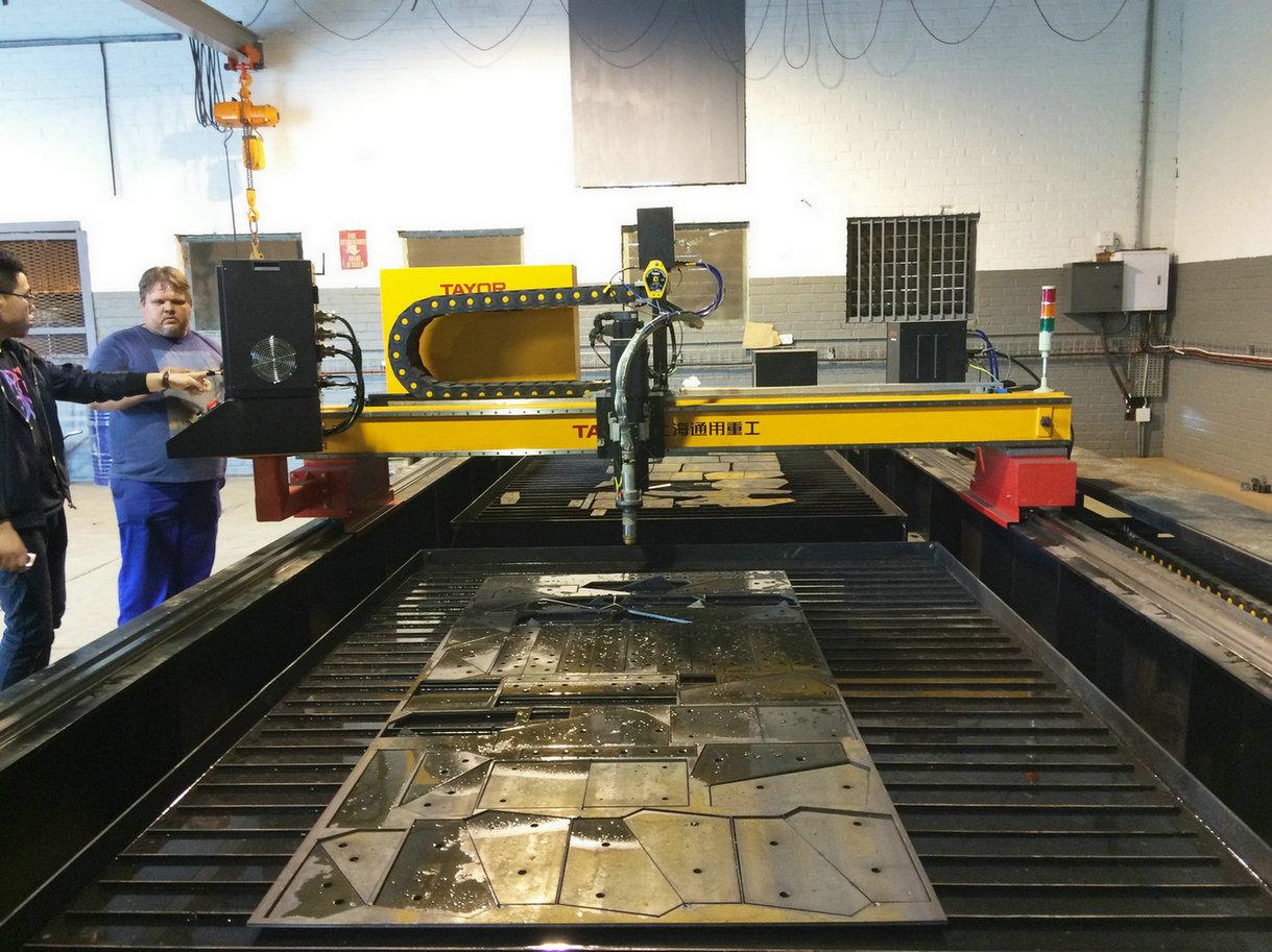 True Hole CNC Plasma Cutting Machine to South Africa