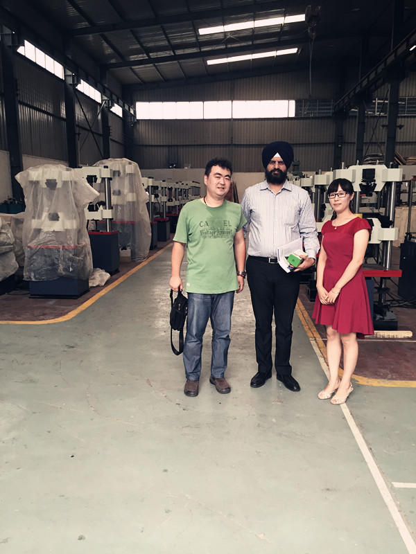 Welcome Foreign Friend Visit our Factory