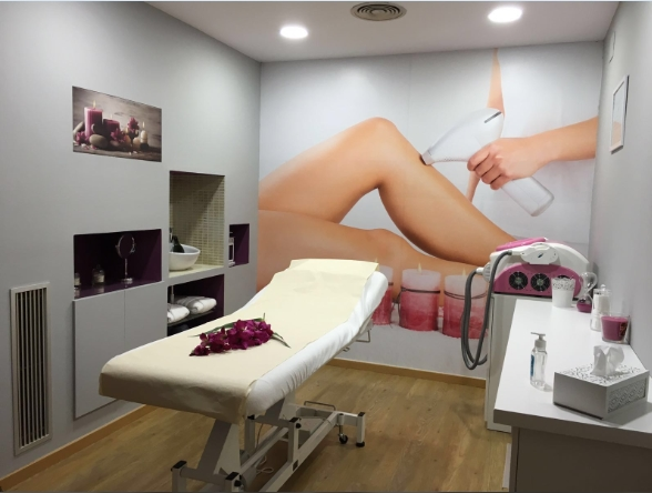 IPL hair removal machine in client's beauty salon
