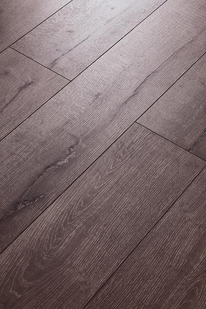 High Quality Oak HDF Laminated floor AC4 E1 Embossed-in-register(EIR)
