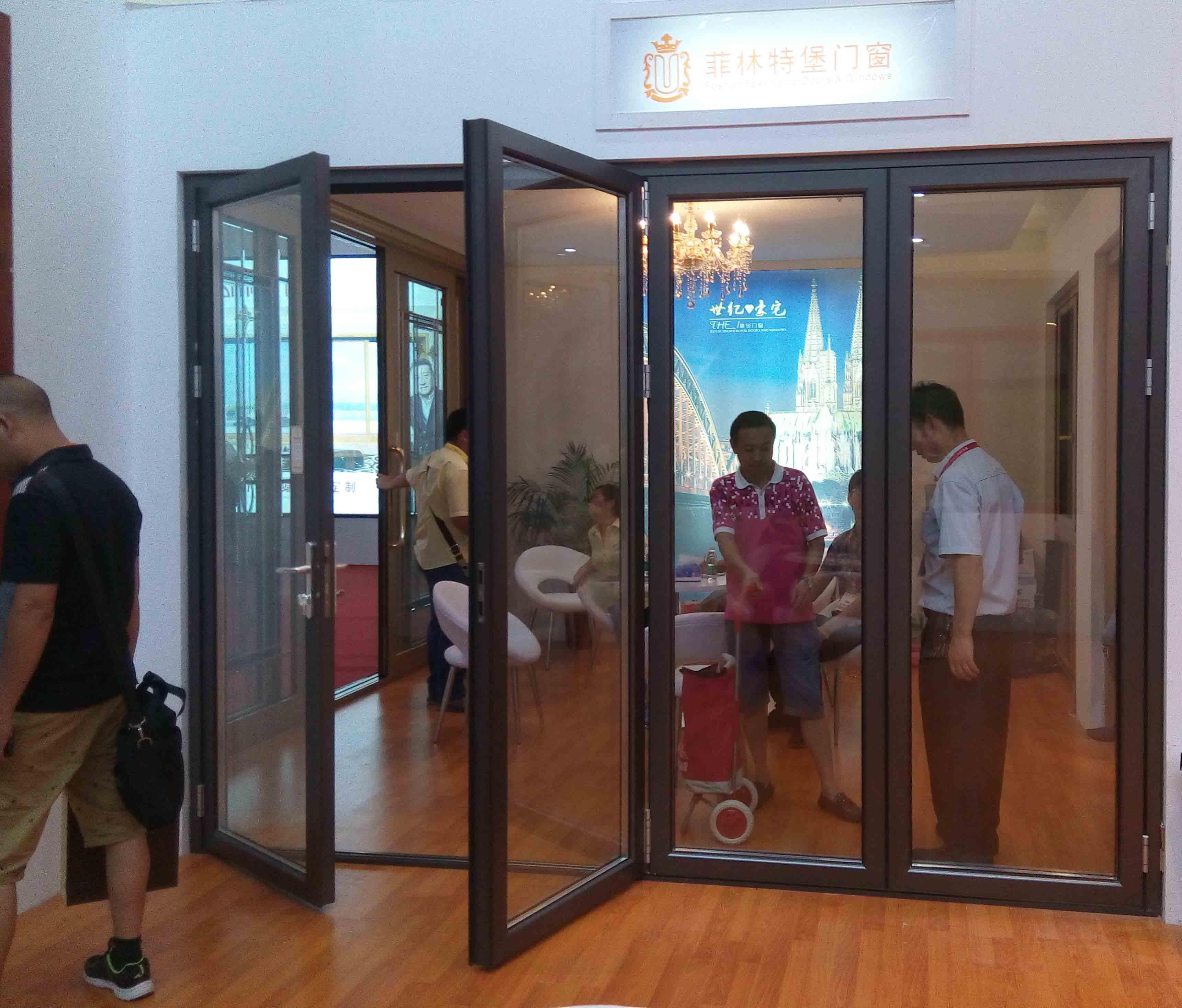 Guangzhou building material fair-aluminum folding door-feelingtop factory