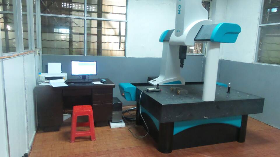 CMM-testing machine