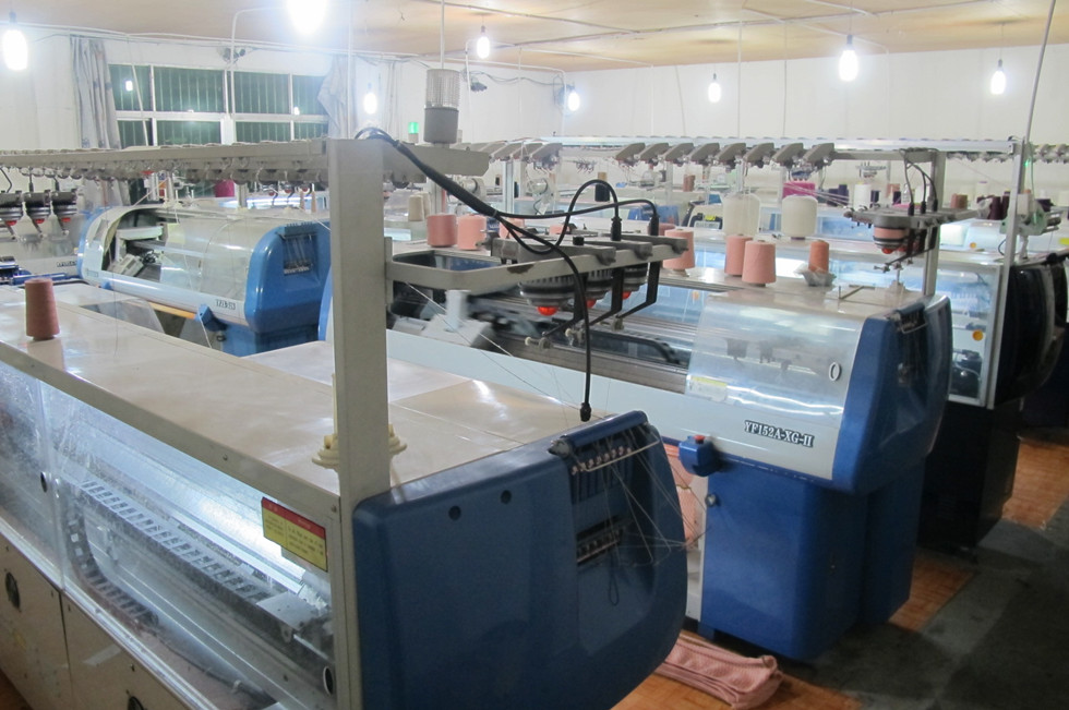 Computerized flat knitting machine/Jacquard machine