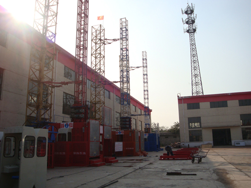 Minglong's SC200/200 building hoist exported to Cambodia