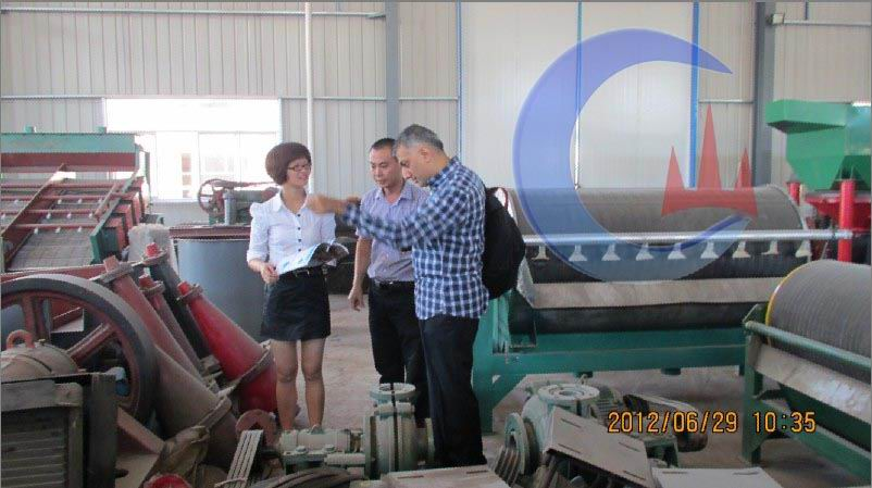 England customer visiting for Gold Refining Machines