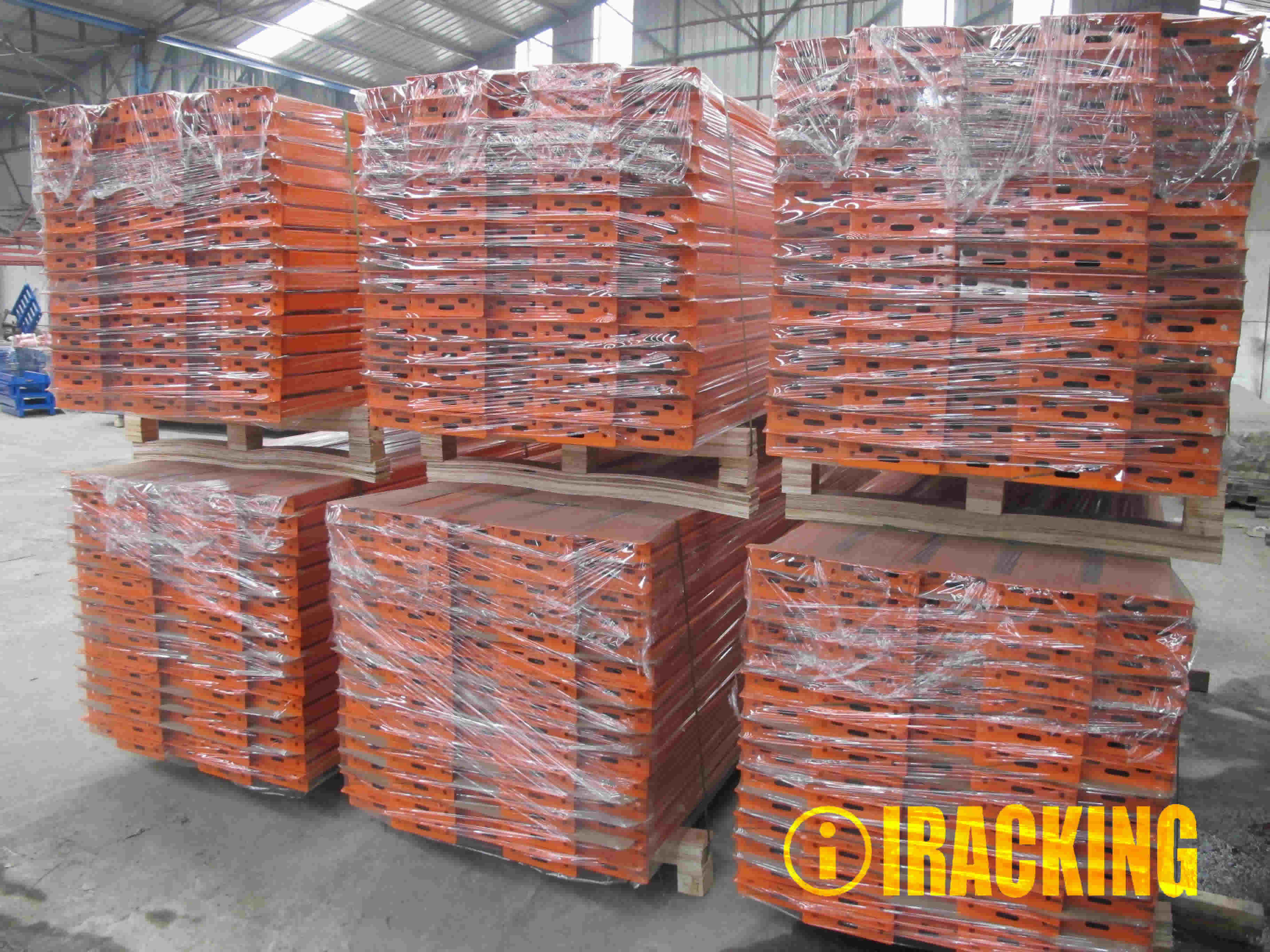 Standard Export Packing for RACKING BEAMS