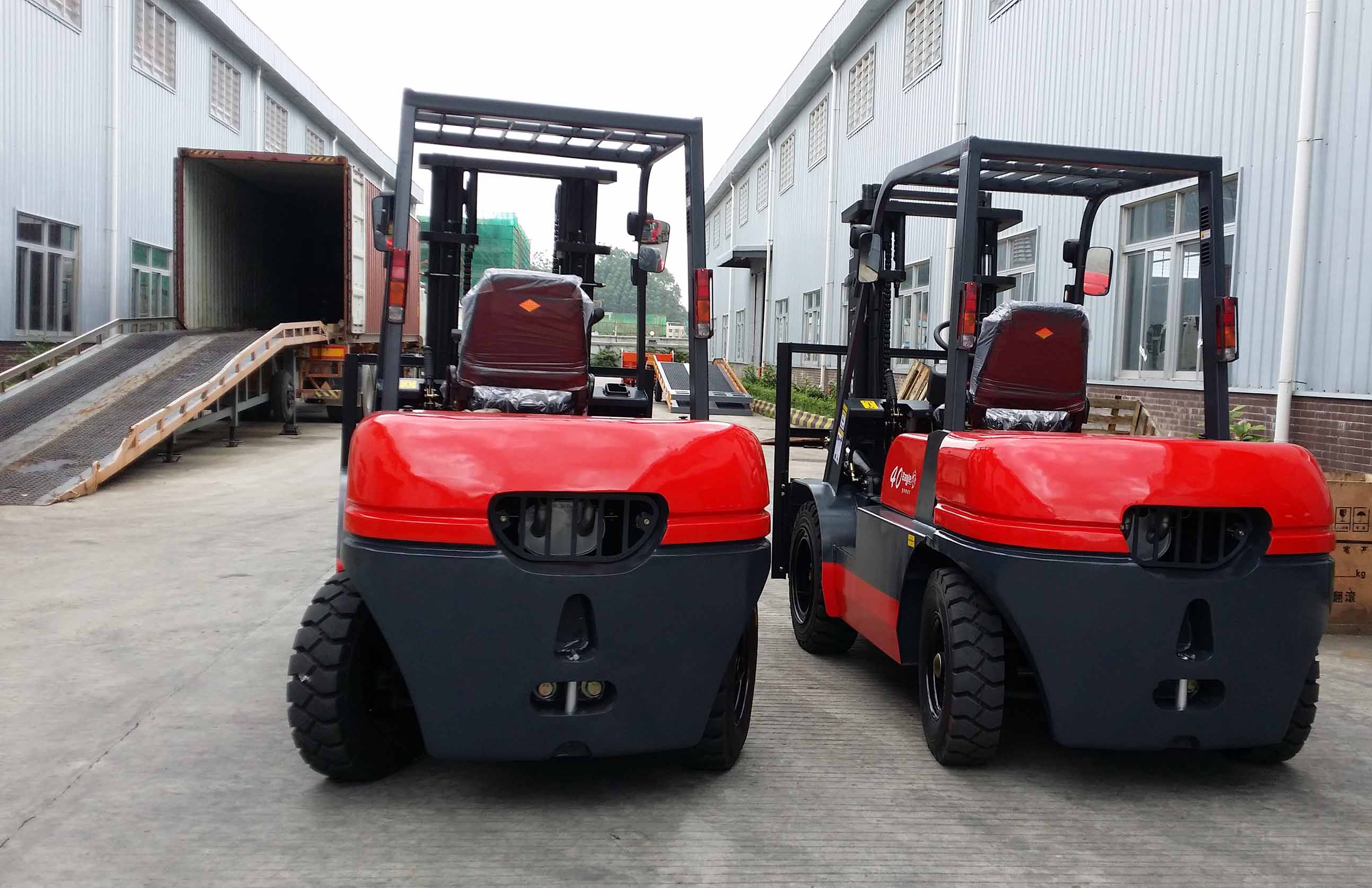 4 Ton forklift wait to shippment