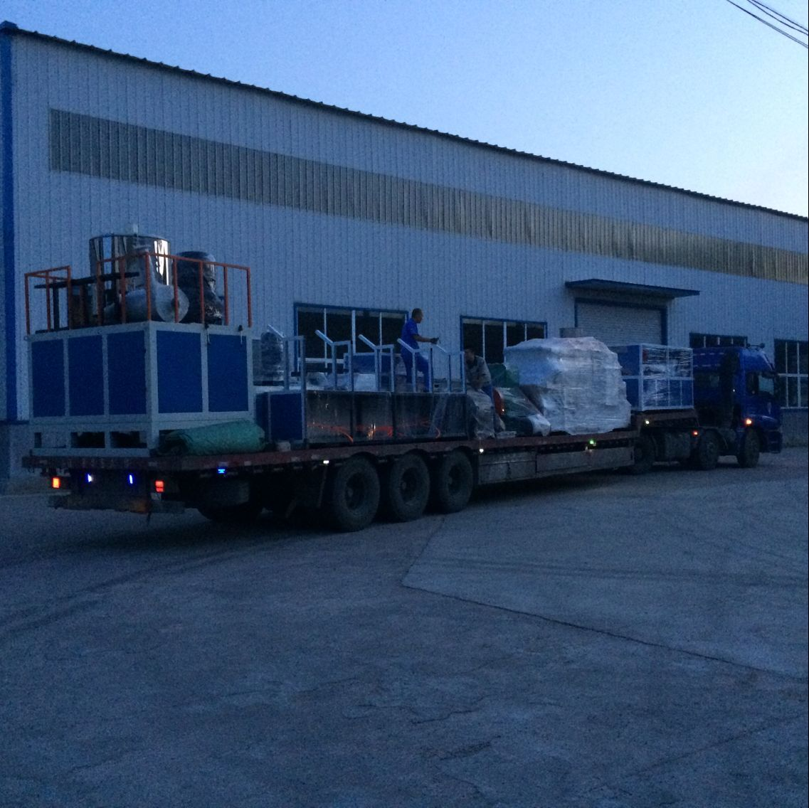 Shipment of Plastic wall panel extruder machine