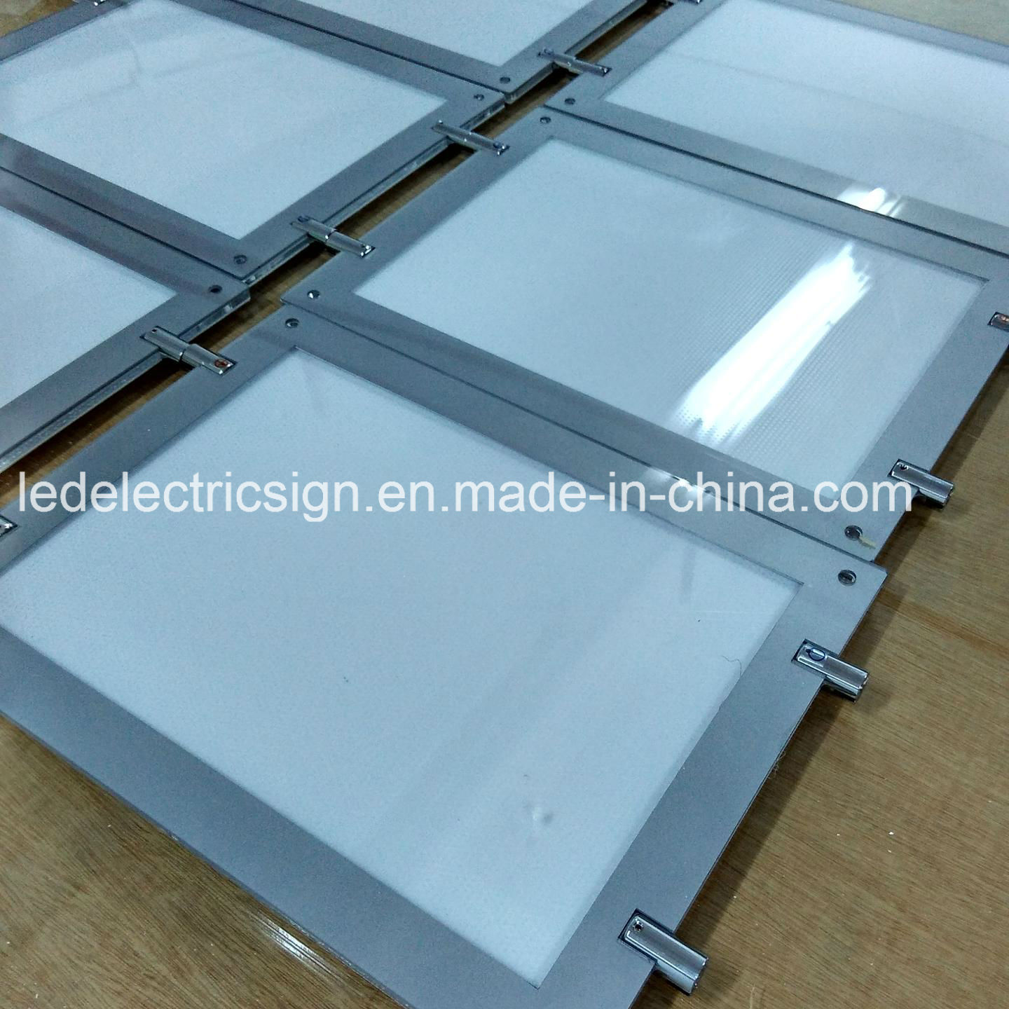 real estate window display light box with led acrylic frame in spain