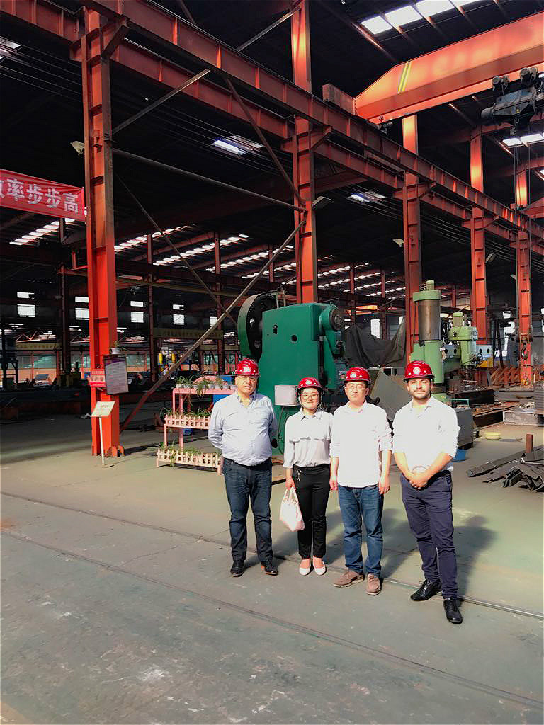 Friendly client from Argentina visited our factory