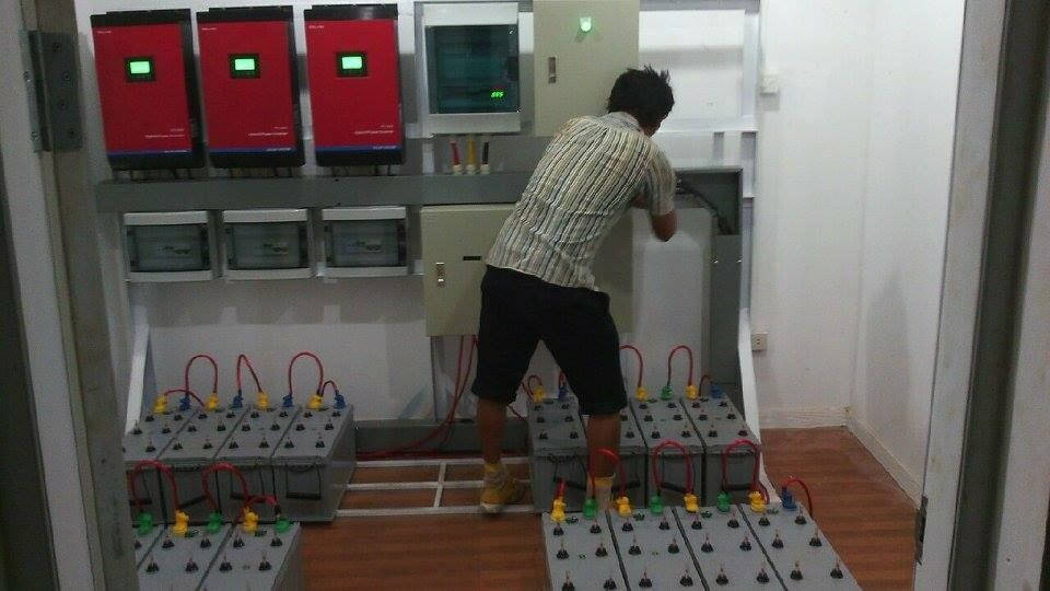 PH1800 Hybrid Solar Inverter Parallel Function Installation Show