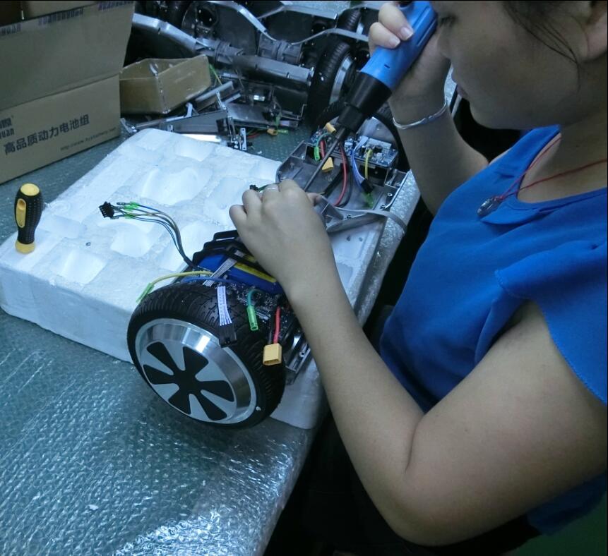 Assembling scooter battery