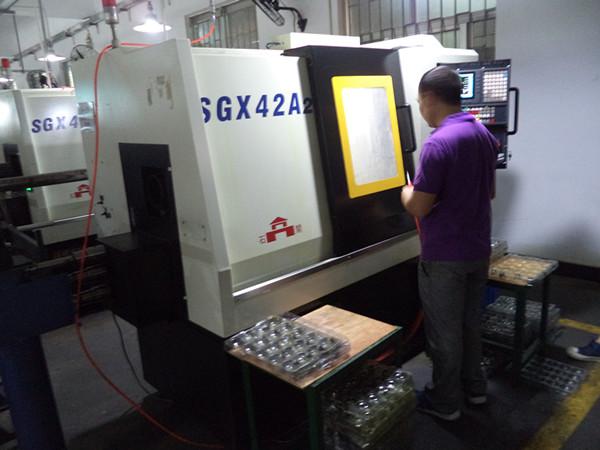Steel part lathing