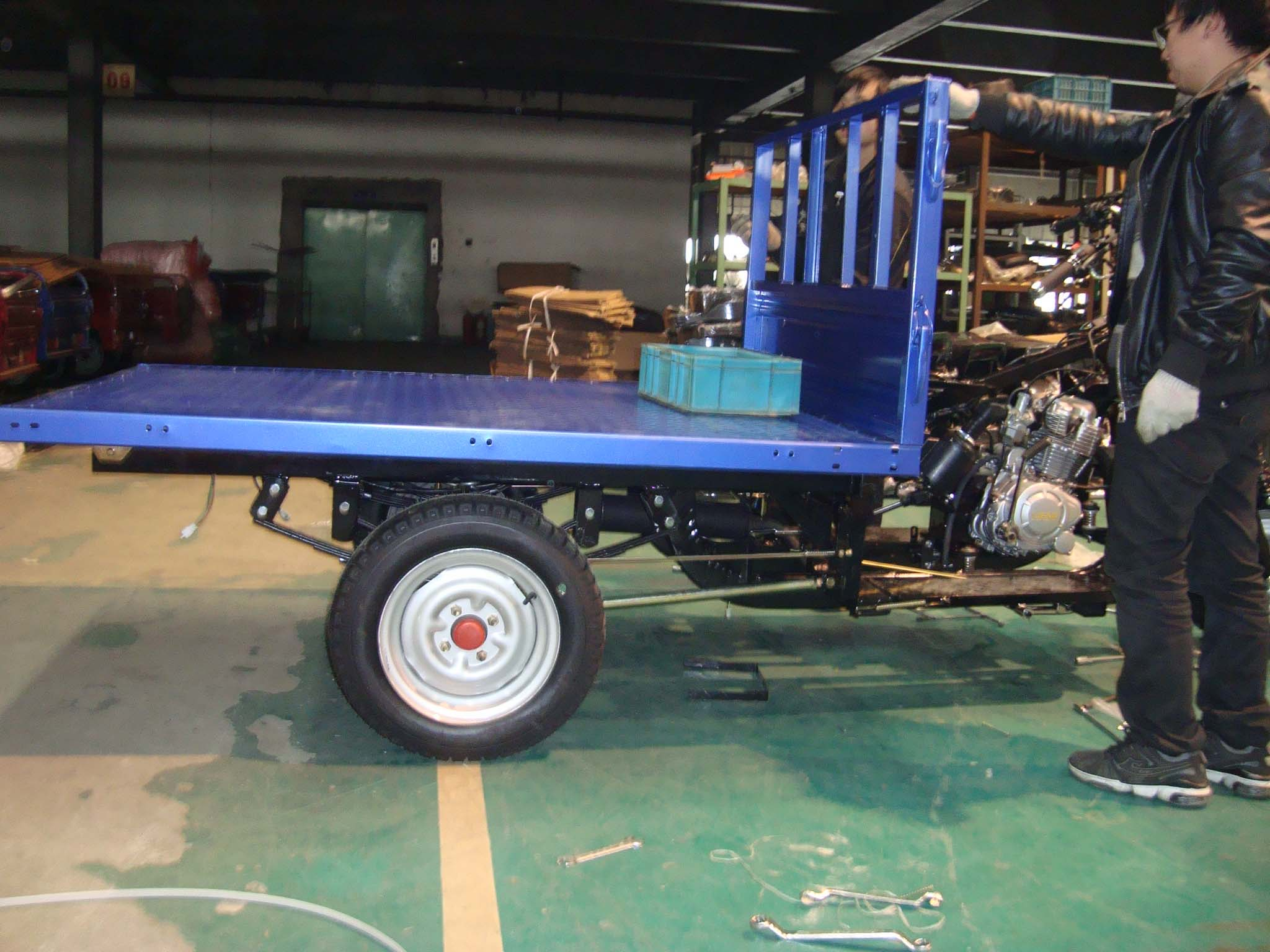 Assembly a tricycle