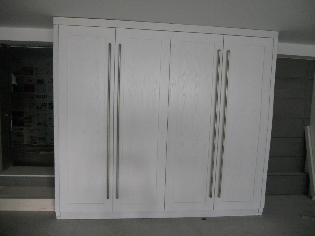 Red oak solid wood wardrobes with lacquer finish