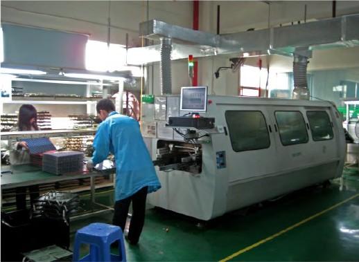 Crest Soldering Machine
