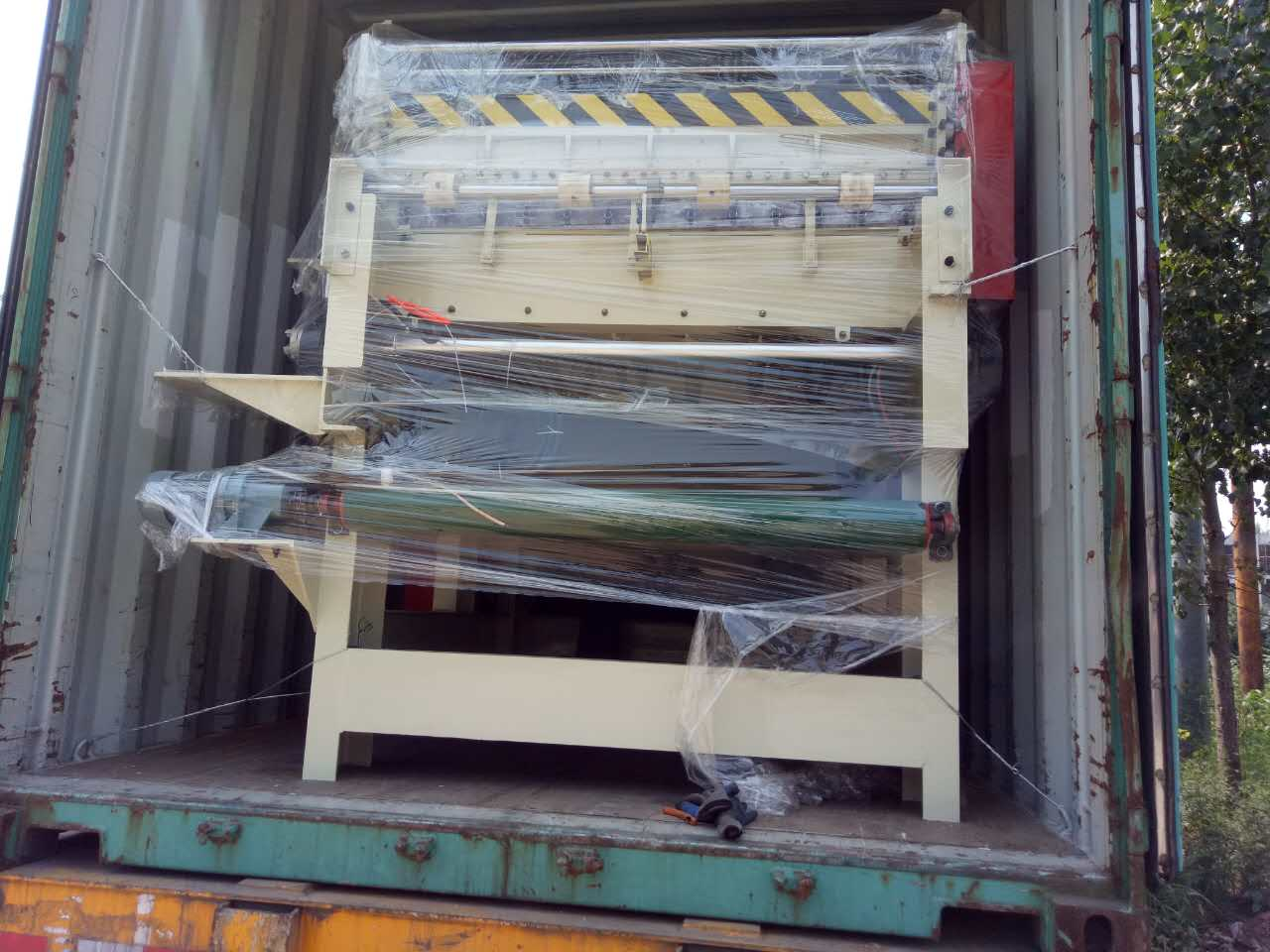 Veneer Jointer Loading to Indonesia