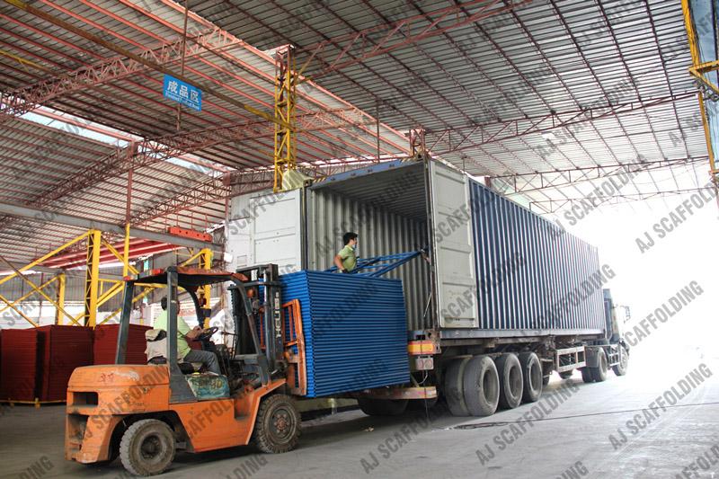 Scaffolding Loading