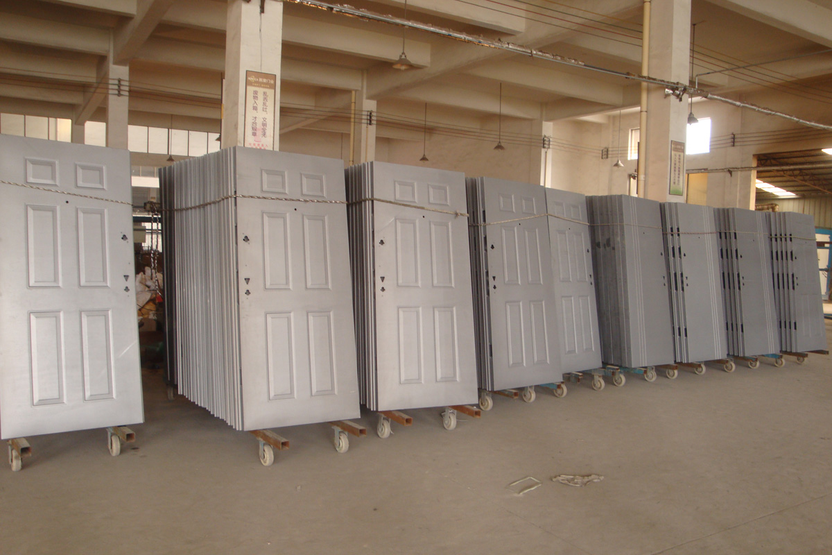Factory Real Doors'Showing