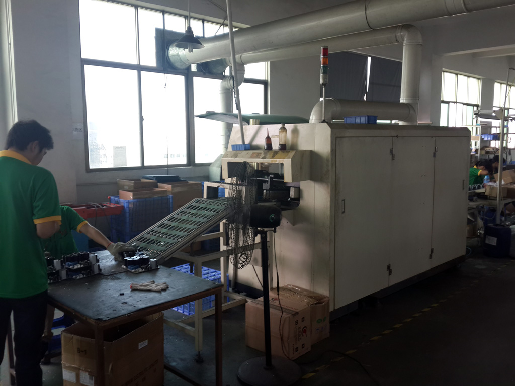 Wavesoldering machine