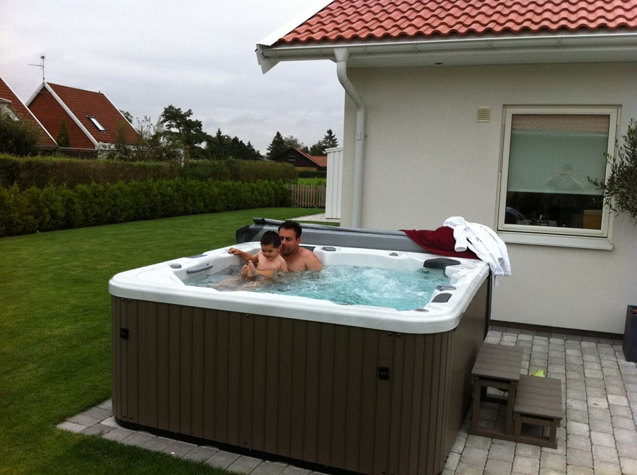 Amazing 3-10 persons SPA Hot Tub