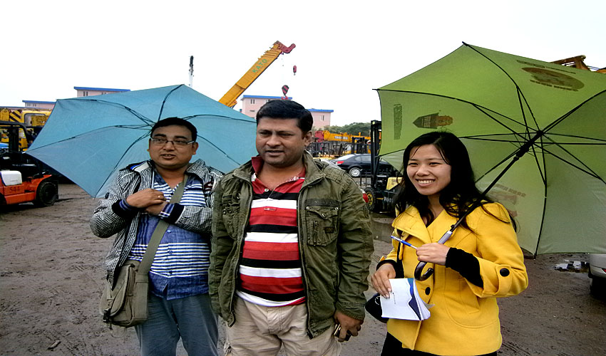 Customers from Bangladesh Visit Our Company