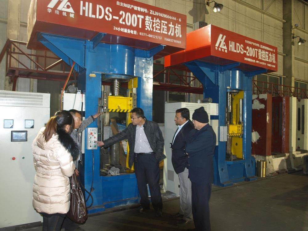 fire brick press machine export to India