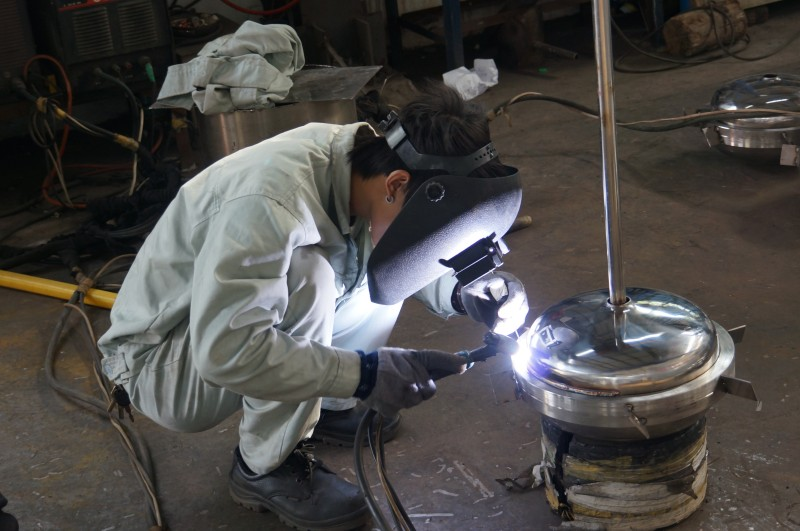 Filtration manual welding