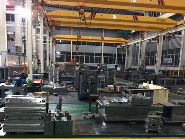 MELEE MOULD FACTORY3