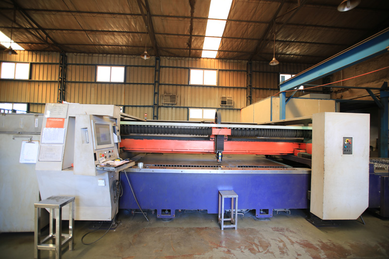 Bystronic----max cuting size 1500*6000mm max cut THK 20mm