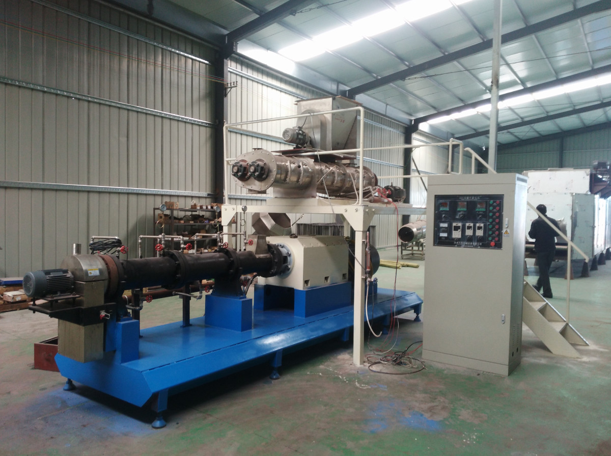 SLG95 screw extruder install in our factory