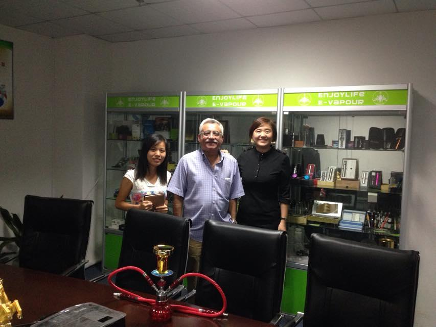 enjoylife USA customer visit us for the e liquid
