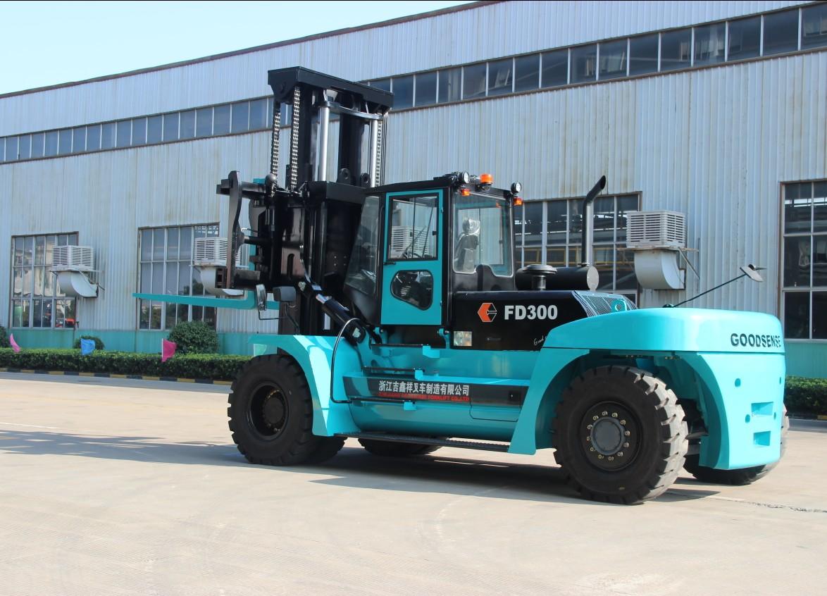 300T Heavy Diesel Forklift Truck