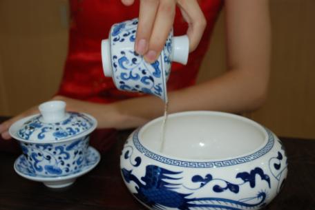 Jasmine Tea brewing art Step 6
