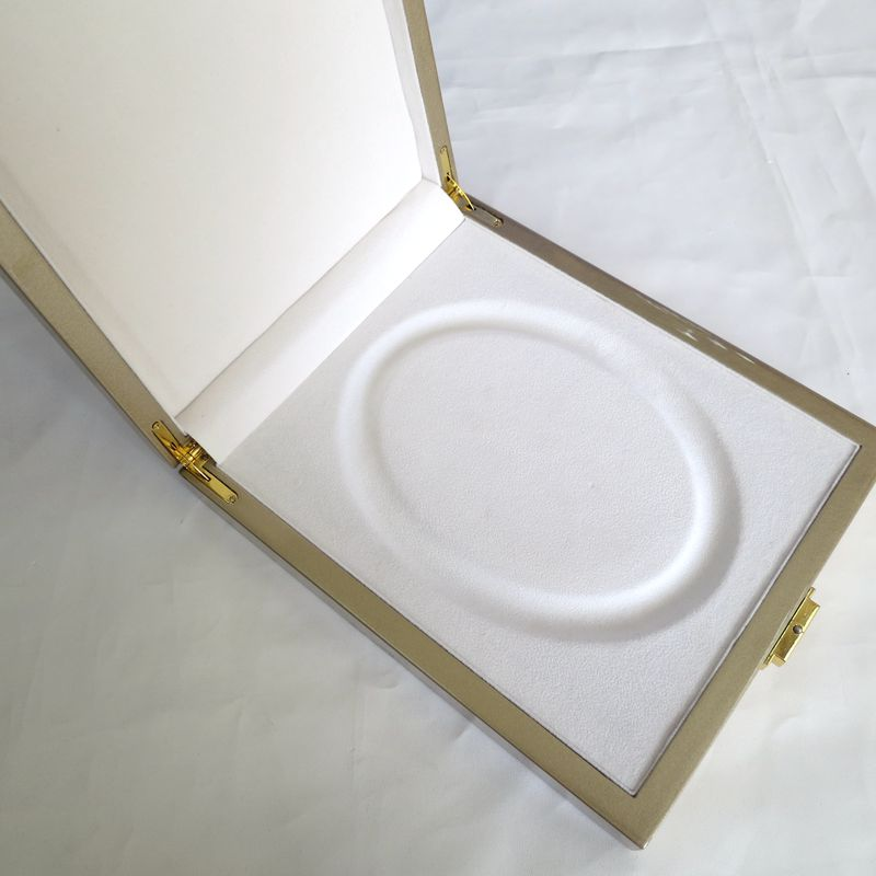 Customized luxury box for peal necklace