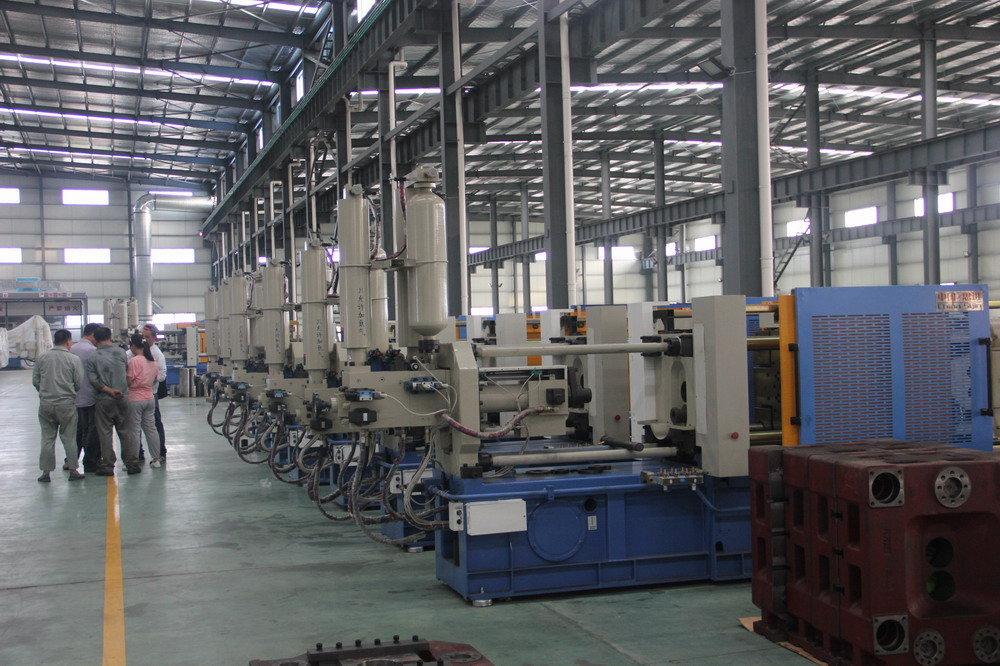 Ready Cold Chamber Die Casting Machines