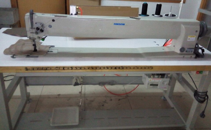 Double Needle Long Arm Compound Feed Heavy Duty Lockstitch Sewing Machine