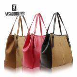 Oistrich grain Leather Shoulder Bags