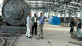 Bangladesh customer visit us for oil disitllaiton plant and pyrolysis plant