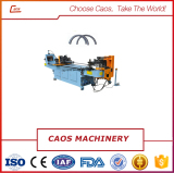 Metal pipe bending machine