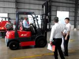 Libya customers came to check forklift
