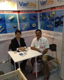 We with customers of permanent magnets