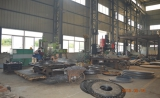 Large precision drilling equipment