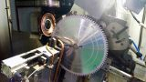Automatic grinding TCT saw blades